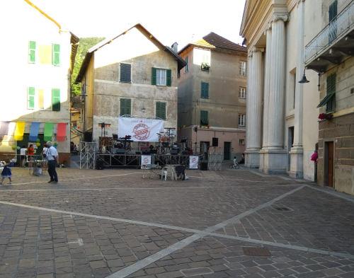 Foto di Piazza Madonna degli Angeli a Rossiglione